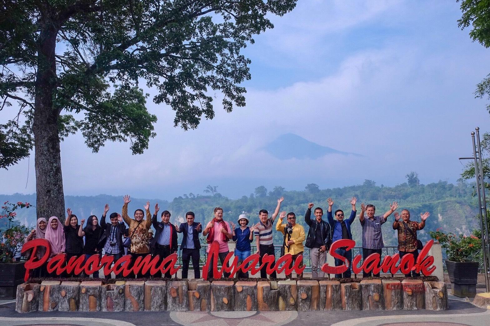 ท่อง ปาดัง : มนต์เสน่ห์ท่องเที่ยวอินโดนีเซีย