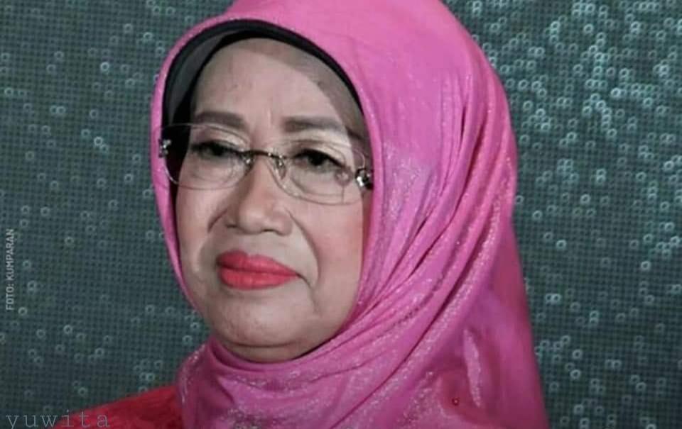 มารดาโจโกวี ประธานาธิบดีอินโดนีเซียเสียชีวิตแล้วจากโรคมะเร็ง
